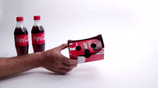 dans-ta-pub-coca-cola-packaging-vr-cardboard-virtual-reality-768x431