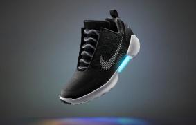 648x415_hyperadapt-10-chaussure-autolacante-nike
