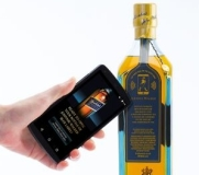 johnnie-walker-bouteille-whisky-connectee-3