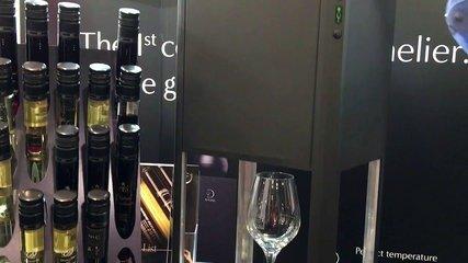 156Rwmqvsommelier-connecte-d-vine-de-10-vins-x240-N1L