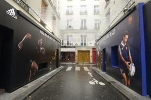adidas-all-blacks-pub-cafe-des-bleus