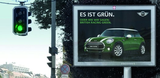 dans-ta-pub-mini-traffic-light-vienne-autriche-feu-tricolore-street-marketing-3