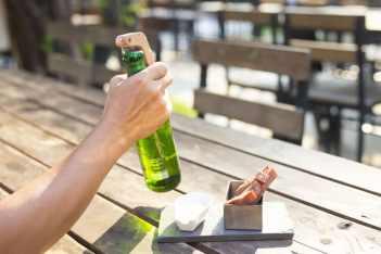 smart-bottle-opener-4