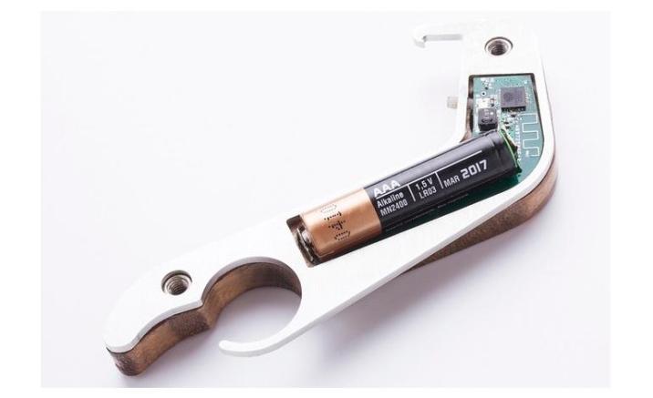 smart-bottle-opener-box-body-pic