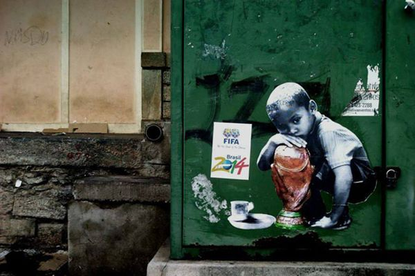 streetart-brazil-anti-world-cup2014-01477_resultat