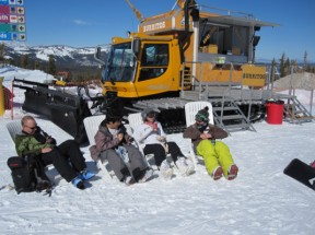 The food truck craze has hit Mammoth Mountain, with burritos and fresh-baked calzones available on snow cats parked on the mountain