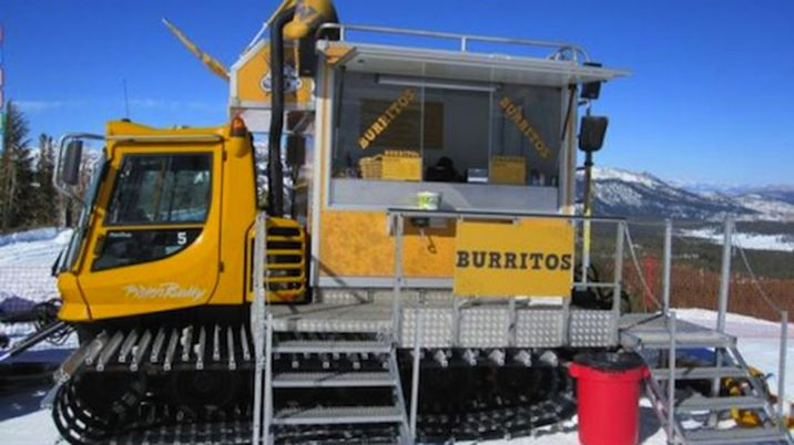 roving-mammoth-arctic-food-truck.0