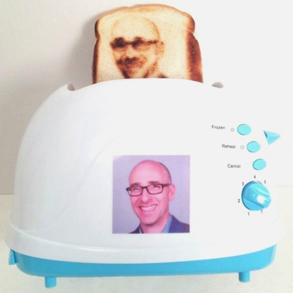 selfie-toaster-600x600