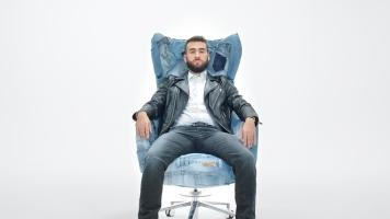 diesel_ceo_chair_4