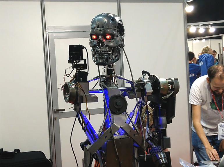 stinger-robot-770