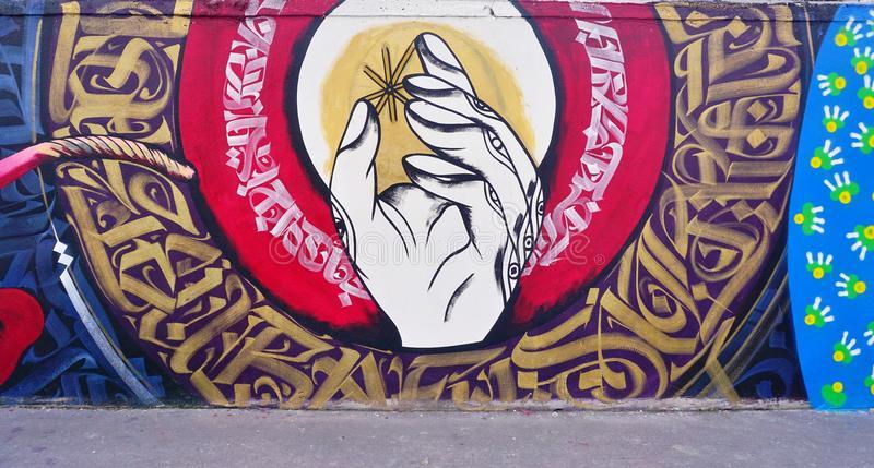 mur-rosa-parks-peinte-avec-l-art-de-rue-par-les-muralistes-célèbres-à-paris-64722841